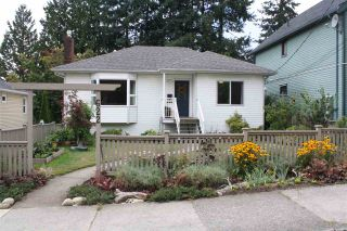 Photo 1: 622 TENTH Street in New Westminster: Moody Park House for sale : MLS®# R2202037
