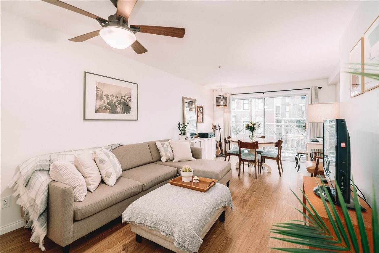 """Main Photo: 204 525 AGNES Street in New Westminster: Downtown NW Condo for sale in """"Agnes Terrace"""" : MLS®# R2518840"""