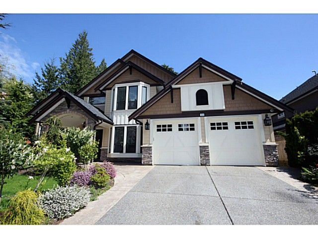 """Main Photo: 138 49TH Street in Tsawwassen: Pebble Hill House for sale in """"PEBBLE HILL/ENGLISH BLUFF"""" : MLS®# V1032694"""