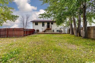 Photo 30: 2 Gray Avenue in Saskatoon: Forest Grove Residential for sale : MLS®# SK859432
