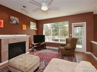 Photo 2: 863 McCallum Rd in VICTORIA: La Florence Lake House for sale (Langford)  : MLS®# 694367