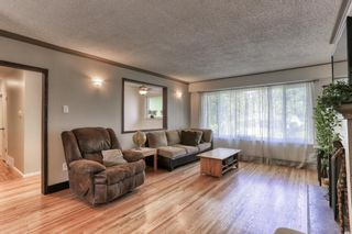 """Photo 3: 15084 RAVEN Place in Surrey: Bolivar Heights House for sale in """"birdland"""" (North Surrey)  : MLS®# R2380591"""