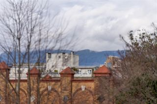 "Photo 13: 301 1468 W 14TH Avenue in Vancouver: Fairview VW Condo for sale in ""THE AVEDON"" (Vancouver West)  : MLS®# R2545980"