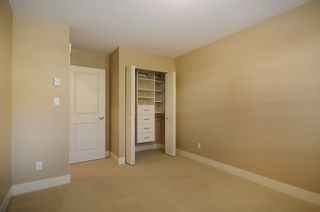 "Photo 14: 229 E QUEENS RD in North Vancouver: Upper Lonsdale Townhouse for sale in ""QUEENS COURT"" : MLS®# V1045877"