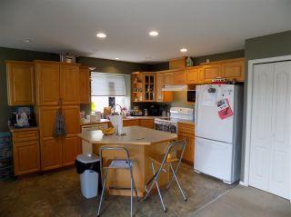 "Photo 3: 34715 4TH Avenue in Abbotsford: Poplar House for sale in ""Huntingdon Village"" : MLS®# R2275190"