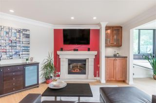 """Photo 7: 102 2181 PANORAMA Drive in North Vancouver: Deep Cove Condo for sale in """"Panorama Place"""" : MLS®# R2496386"""