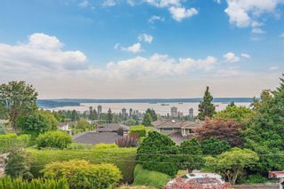 Photo 4: 2111 OTTAWA Avenue in West Vancouver: Dundarave House for sale : MLS®# R2611555