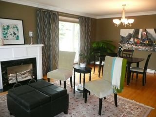 Photo 3: 2466 Assiniboine Crescent in : Silver Heights Single Family Detached for sale