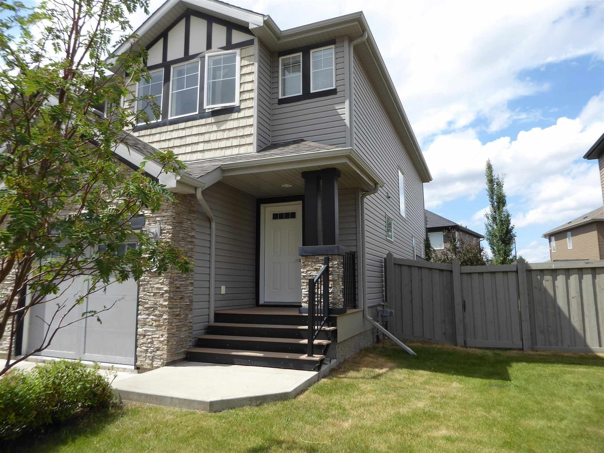 Main Photo: 3814 Whitelaw Place NW in Edmonton: Zone 56 House Half Duplex for sale : MLS®# E4253559