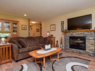 Photo 7: 2086 Lambert Dr in COURTENAY: CV Courtenay City House for sale (Comox Valley)  : MLS®# 813278