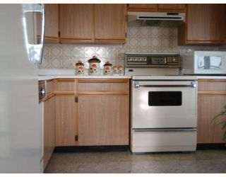 Photo 7: # 1808 615 BELMONT ST in New Westminster: Condo for sale : MLS®# V752808