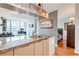 "Photo 13: 1905 1082 SEYMOUR Street in Vancouver: Downtown VW Condo for sale in ""FRESSIA"" (Vancouver West)  : MLS®# R2462933"