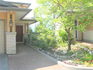 """Photo 4: 15 1026 GLACIER VIEW Drive in Squamish: Garibaldi Highlands Townhouse for sale in """"SEASONVIEW"""" : MLS®# V1081558"""