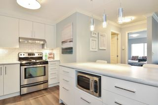 """Photo 6: 307 15150 29A Avenue in Surrey: King George Corridor Condo for sale in """"THE SANDS 2"""" (South Surrey White Rock)  : MLS®# R2193309"""