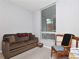 Photo 13: 302 399 Tyee Rd in VICTORIA: VW Victoria West Condo for sale (Victoria West)  : MLS®# 637735