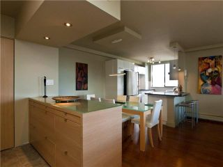 """Photo 3: 602 540 LONSDALE Avenue in North Vancouver: Lower Lonsdale Condo for sale in """"GROSVENOR"""" : MLS®# V864237"""