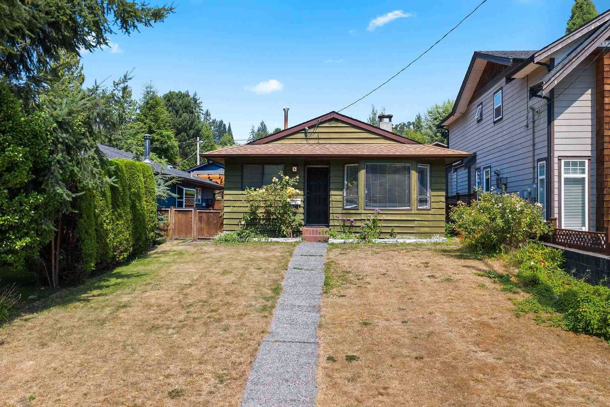 Main Photo: 2644 BENDALE Place in North Vancouver: Blueridge NV House for sale : MLS®# R2606910