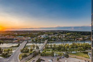 Photo 1: 2601 910 5 Avenue SW in Calgary: Downtown Commercial Core Apartment for sale : MLS®# A1013107
