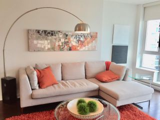 """Photo 7: 1204 821 CAMBIE Street in Vancouver: Downtown VW Condo for sale in """"RAFFLES ON ROBSON"""" (Vancouver West)  : MLS®# R2233653"""