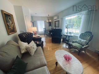Photo 9: 631 Kings Road in Sydney: 201-Sydney Residential for sale (Cape Breton)  : MLS®# 202122049