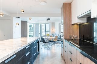 """Photo 5: 2205 388 DRAKE Street in Vancouver: Yaletown Condo for sale in """"Governor's Tower"""" (Vancouver West)  : MLS®# R2619698"""