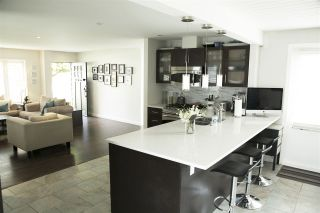 """Photo 5: 1385 REDWOOD Street in North Vancouver: Norgate House for sale in """"NORGATE"""" : MLS®# R2170500"""