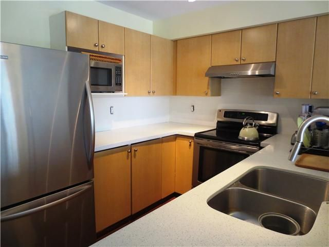 Photo 6: Photos: # 13 240 TENTH ST in New Westminster: Uptown NW Condo for sale : MLS®# V1118355