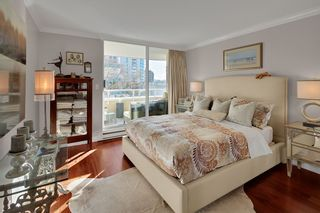 "Photo 12: 402 1406 HARWOOD Street in Vancouver: West End VW Condo for sale in ""JULIA COURT"" (Vancouver West)  : MLS®# R2527458"