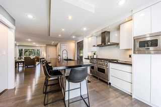Photo 8: 9 Manor Road SW in Calgary: Meadowlark Park Detached for sale : MLS®# A1116064