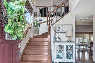 Photo 3: 160 Chaparral Ravine View SE in Calgary: Chaparral Detached for sale : MLS®# A1090224