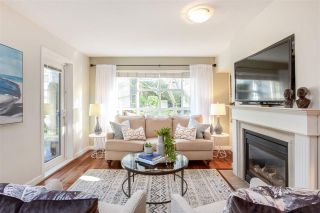 """Photo 5: 106 2161 W 12TH Avenue in Vancouver: Kitsilano Condo for sale in """"The Carlings"""" (Vancouver West)  : MLS®# R2427878"""