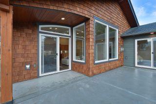 Photo 19: 6532 N GALE AVENUE in Sechelt: Sechelt District House for sale (Sunshine Coast)  : MLS®# R2554802