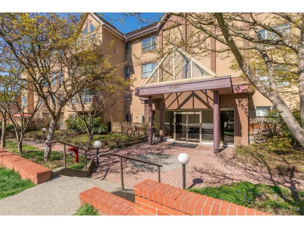 "Main Photo: 308 2285 PITT RIVER Road in Port Coquitlam: Central Pt Coquitlam Condo for sale in ""Shaughnessy Manor"" : MLS®# R2356679"