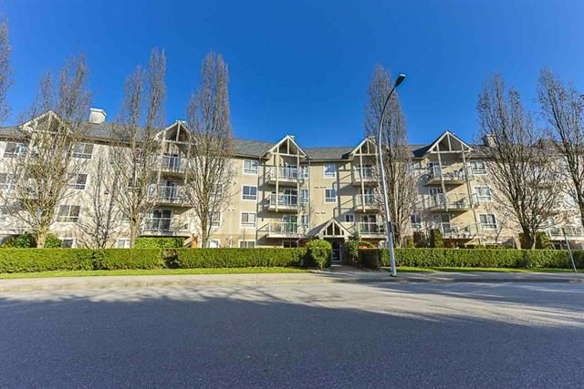 Main Photo: 217 8110 120A Street in Surrey: Queen Mary Park Surrey Condo for sale : MLS®# R2435987