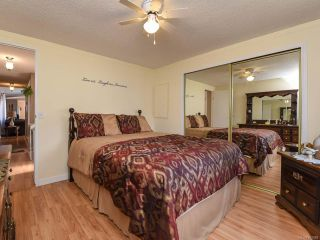 Photo 7: 18 1240 WILKINSON ROAD in COMOX: CV Comox Peninsula Manufactured Home for sale (Comox Valley)  : MLS®# 780089