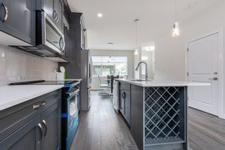 Photo 6: 10574 62 Avenue NW in Edmonton: Zone 15 House Half Duplex for sale : MLS®# E4256002