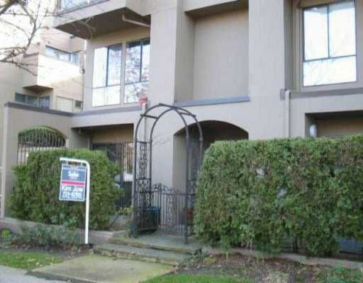 """Main Photo: 1070 W 7TH Ave in Vancouver: Fairview VW Condo for sale in """"FALSE CREEK TERRACE"""" (Vancouver West)  : MLS®# V518073"""