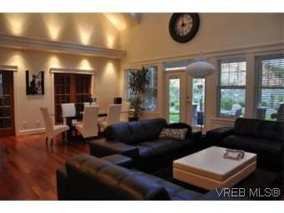 Photo 4: 2196 Nicklaus Dr in VICTORIA: La Bear Mountain House for sale (Langford)  : MLS®# 552756