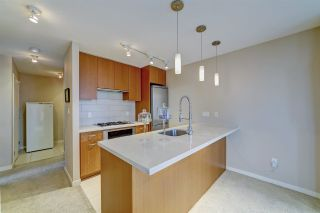 """Photo 2: 802 2982 BURLINGTON Drive in Coquitlam: North Coquitlam Condo for sale in """"Edgemont by Bosa"""" : MLS®# R2533991"""