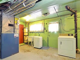 Photo 17: 907 Shirley Rd in VICTORIA: Es Kinsmen Park House for sale (Esquimalt)  : MLS®# 613829