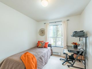 """Photo 23: 104 10188 155 Street in Surrey: Guildford Condo for sale in """"Sommerset"""" (North Surrey)  : MLS®# R2467680"""