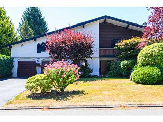 """Photo 1: 4940 5TH Avenue in Tsawwassen: Pebble Hill House for sale in """"PEBBLE HILL"""" : MLS®# V1138682"""