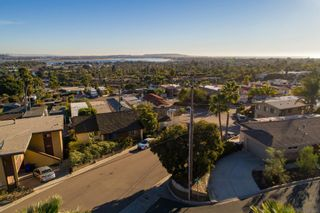 Photo 9: PACIFIC BEACH House for sale : 4 bedrooms : 2491 Wilbur Ave in San Diego