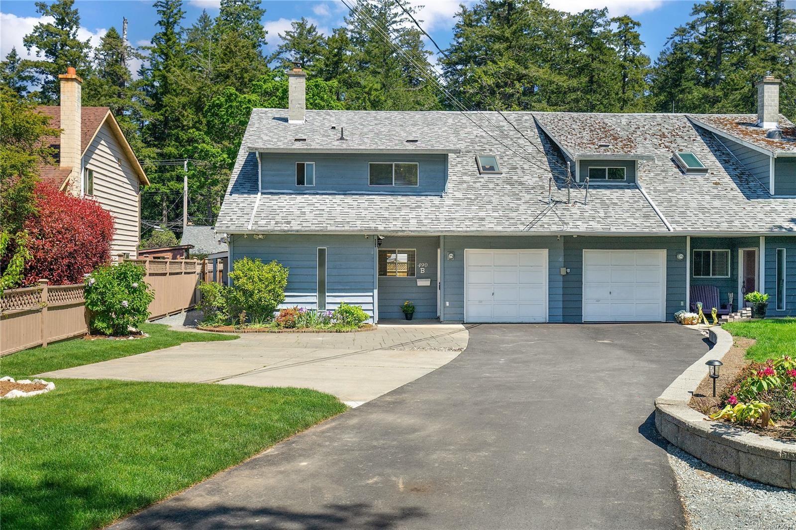 Main Photo: B 490 Terrahue Rd in : Co Wishart South Half Duplex for sale (Colwood)  : MLS®# 875947