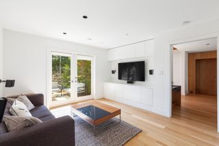 Photo 19: 4145 BURKEHILL Road in West Vancouver: Bayridge House for sale : MLS®# R2602910