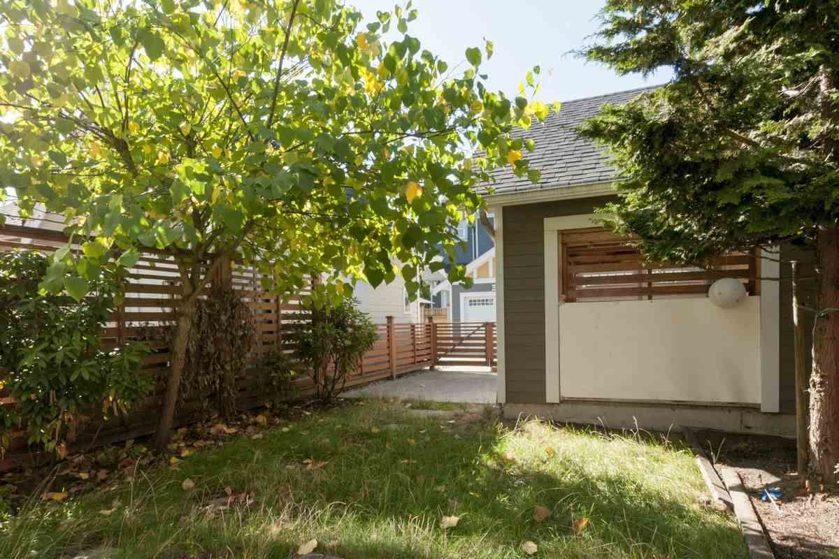 """Photo 20: Photos: 230 BROOKES Street in New Westminster: Queensborough Condo for sale in """"MARMALADE SKY"""" : MLS®# R2227359"""