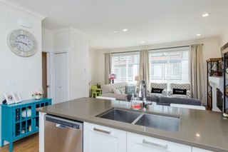 """Photo 13: 8 6378 142 Street in Surrey: Sullivan Station Townhouse for sale in """"Kendra"""" : MLS®# R2193744"""