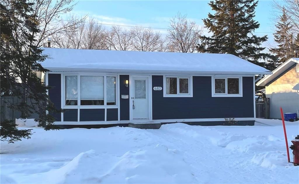 Main Photo: 482 McMeans Avenue East in Winnipeg: East Transcona Residential for sale (3M)  : MLS®# 202100963