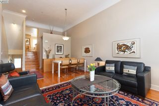 Photo 5: 5 118 Dallas Rd in VICTORIA: Vi James Bay Row/Townhouse for sale (Victoria)  : MLS®# 752886