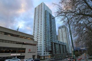 "Photo 1: 1902 5665 BOUNDARY Road in Vancouver: Collingwood VE Condo for sale in ""Wall Centre Central Park"" (Vancouver East)  : MLS®# R2355553"